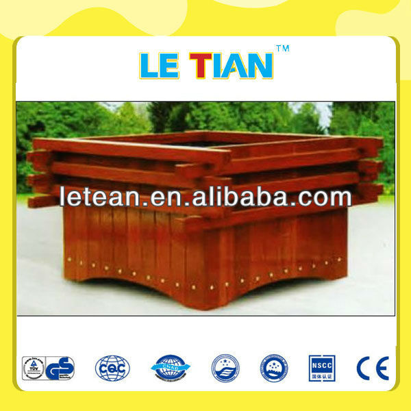 New design landscaping wooden garden flowerpot LT-2127L