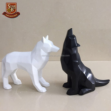 New Products Resin Black and White Wolf Figurine Simple Geometric Origami Animal Sculpture