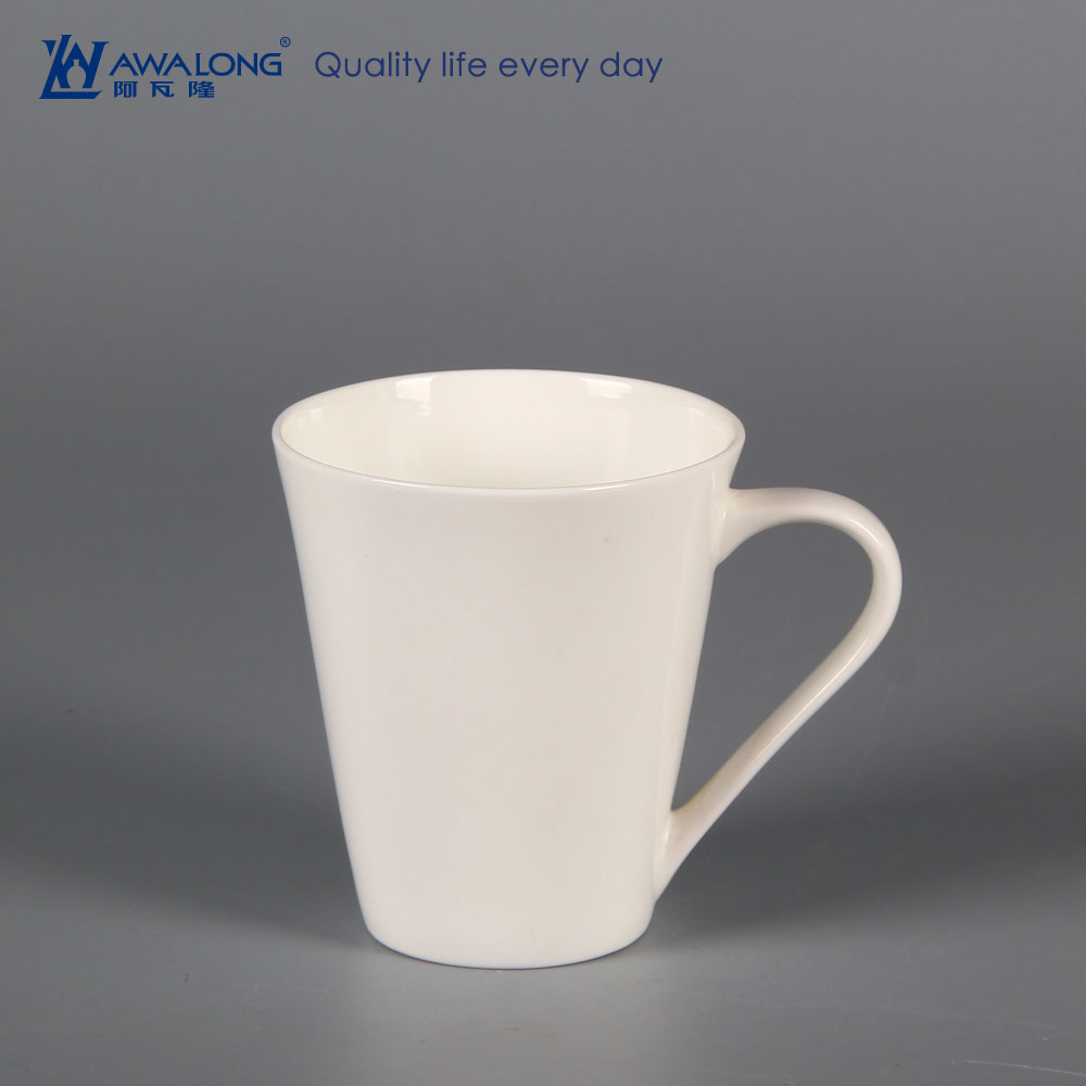 350ml OEM large order low price plain ceramic travel coffee mugs / v-shape coffee mug custom logo and decal