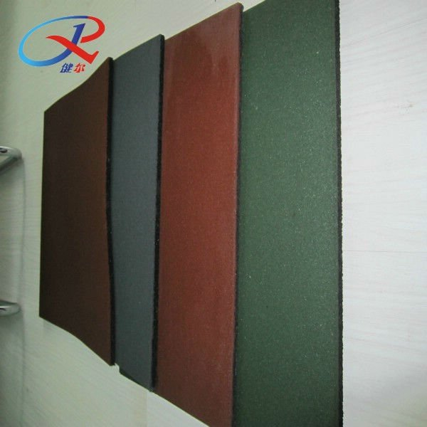 Rubber tiles in construction & real estate