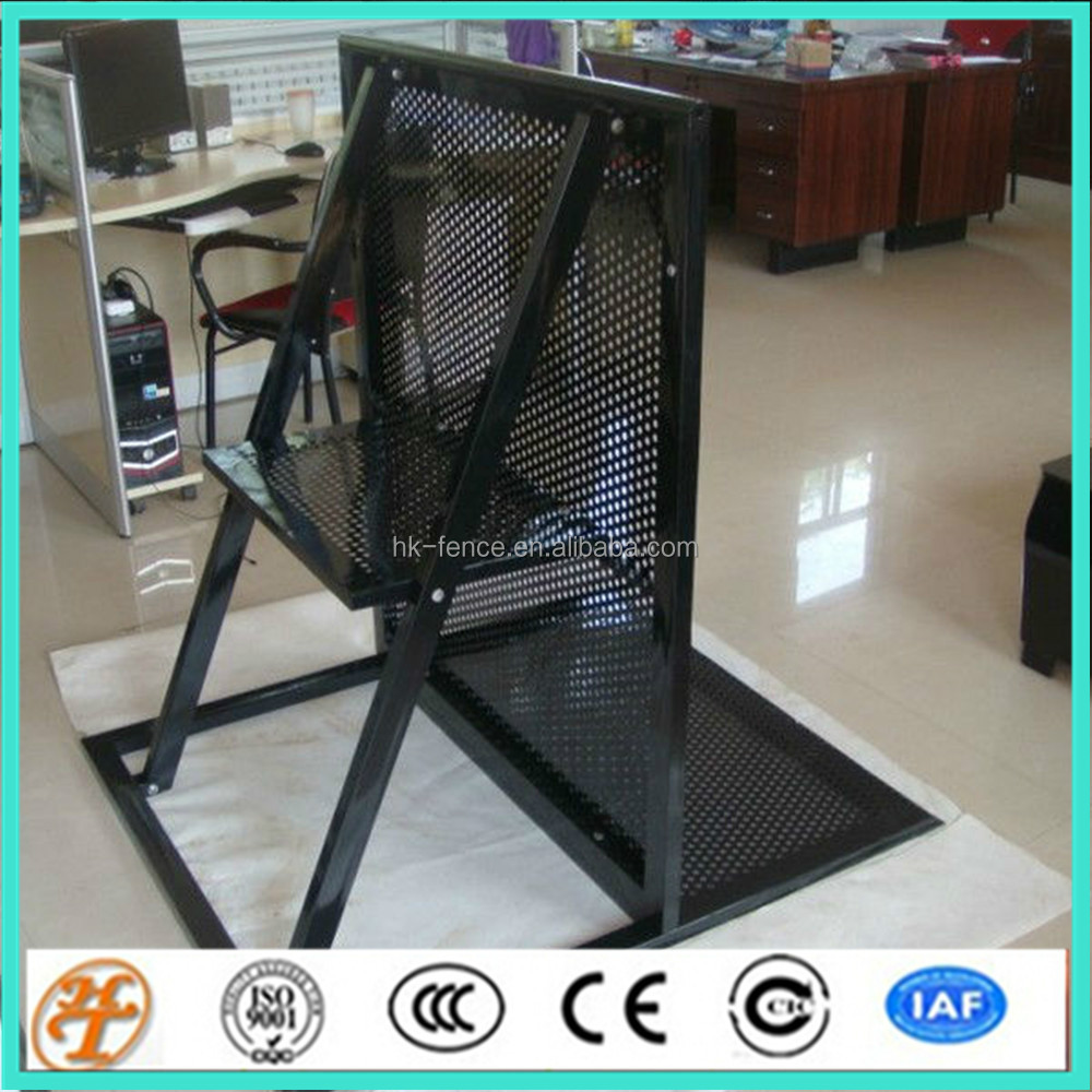 hot galvanized steel mojo crowd control barrier