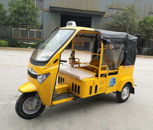5 Seats Three Wheel Petro Motorcycle / Big Power Engine Driving Yellow Taxi Cab