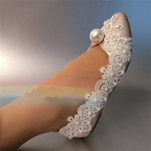 2017 Real Photo High Quality Pointed Toes Lace Pearls Women Lace Up Ladies Flat Wedding Shoes Plus Size EU34-42 MS987