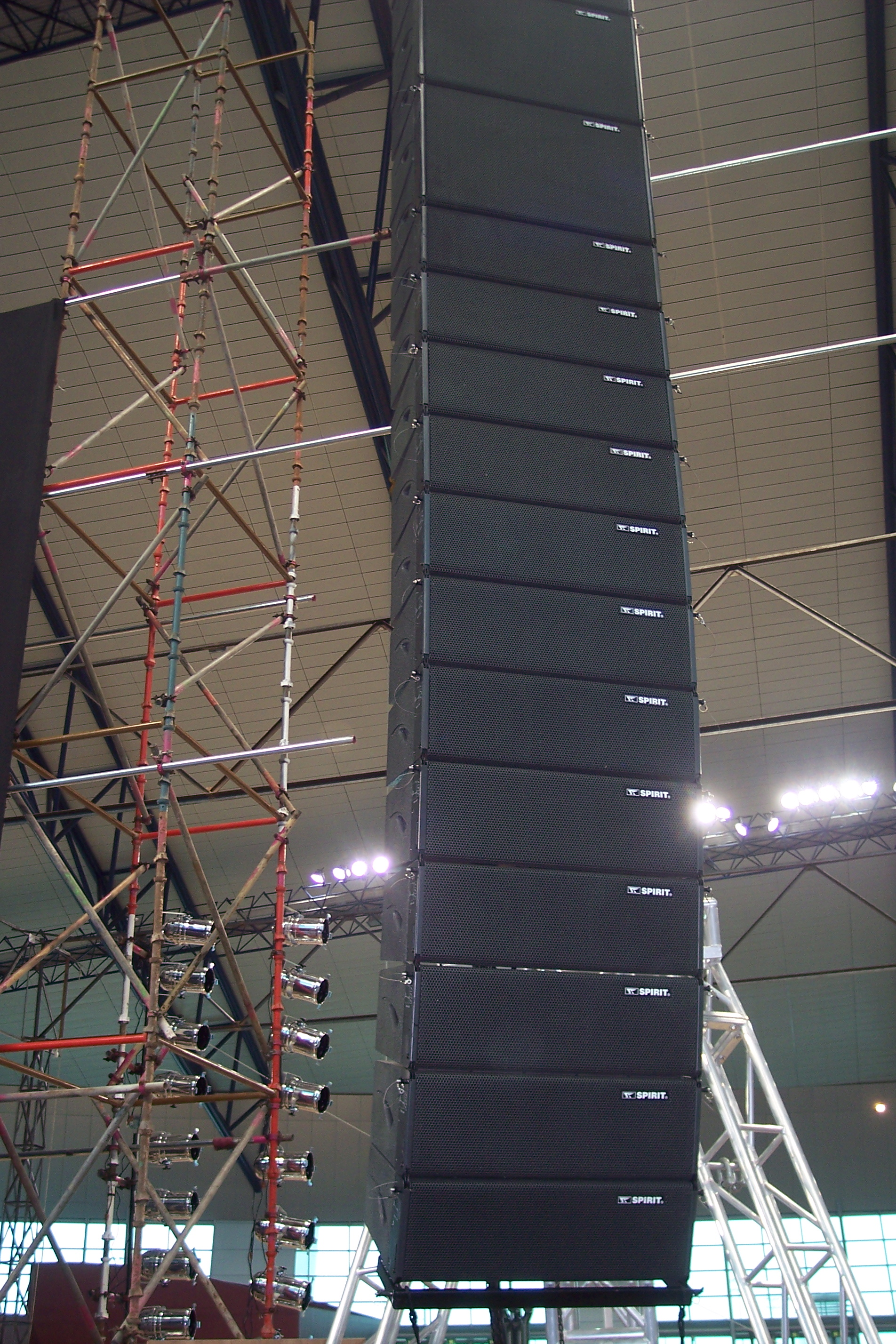 2 way passive rcf q1 line array dj speaker box