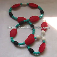 2013 Hot Sale Silicone Fashion Jewery/ Food Grade Chewable Flat Mum Necklace/Wholesale Teething Necklace