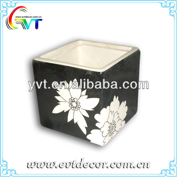 Black And White Ceramic Flower Pot