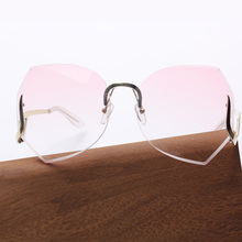 KL1602 fashion women sunglasses in pink tint beautiful oversize rimless vintage sunglasses
