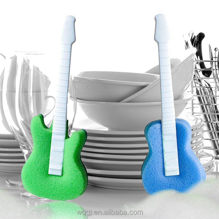 Fashion Creative Guitar Shape Cleaning Dish Cup Washing Sponge with Handle
