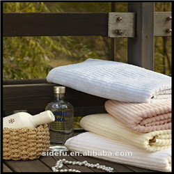 Luxury Customized Terry Jacquard Compressed Bath Towel
