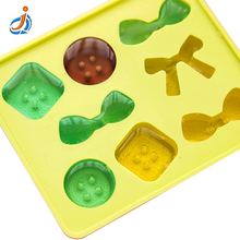 Flexible Small Cat Ice Cube Tray With Lid