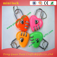 Christmas gifts toy heart shape full set mini magnetic lock