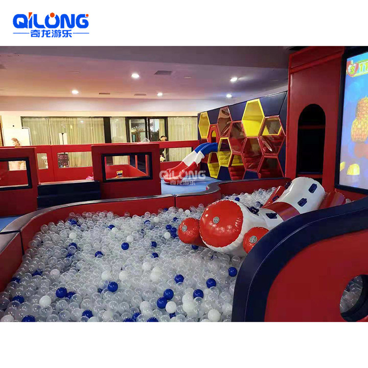 China Popular Ocean Theme Kids Games Indoor Playground Equipment With Ball Pool and Trampoline