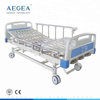 AG-BMS007 medical equipment 3 crank manual hospital bed for sale supplier