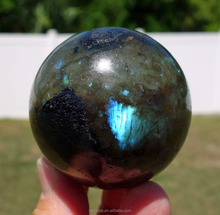 Wholesale Beautiful Blue Color Labradorite Stone Quartz Crystal Ball For Wedding Gift