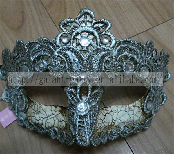 Factory 2014 Sexy Woman Masquerade Vintage Mask Rose Red Feather Venice Carnival Half Face Dance Mask for all party and festival