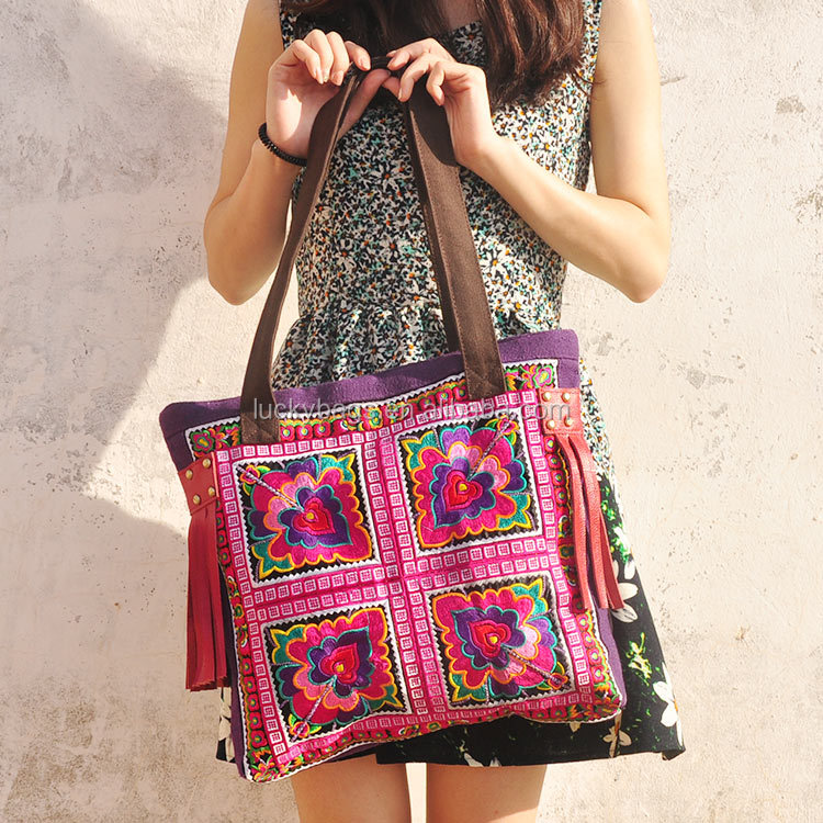 Fashion woman ethnic embroidery shoulder bags