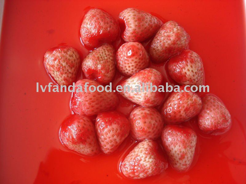 Canned Strawberries in light syrup foods in cans