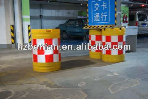 plastic road traffic safety water filled traffic crash barrier