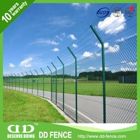 Professional plastic coated chain link fence for animal enclosures
