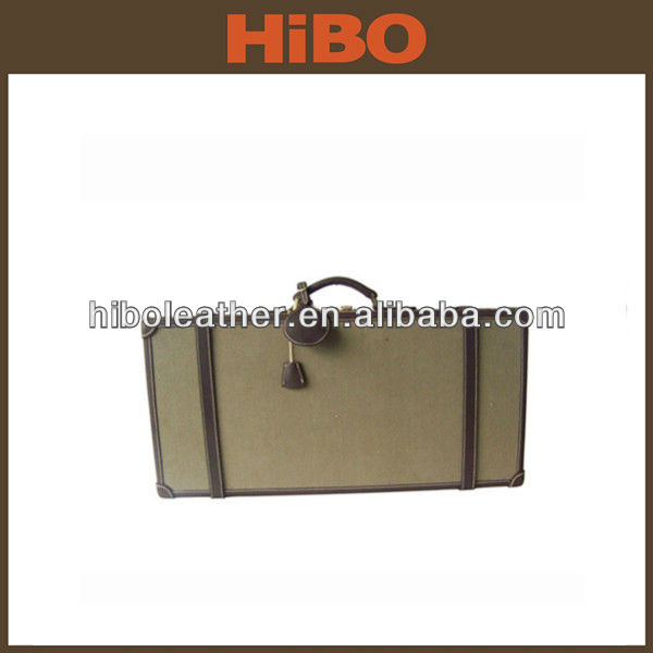 Portable wooden hunting gun case