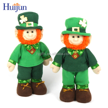 2017 Popular custom cartoon dolls kids gifts decoration leprechaun toy