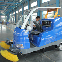 Good quality cleaning street sweeper