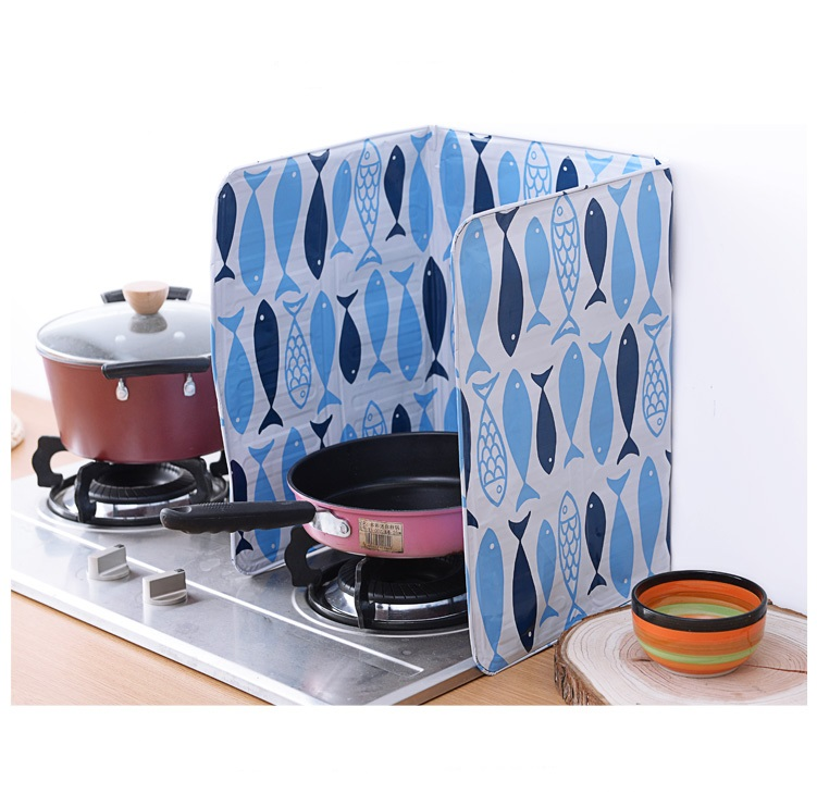 Kitchen Use Fish Printed Aluminum Foil Grill Table Guard