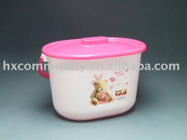 egg shaped plastic pail bucket with lid with handle