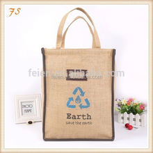recyclable jute wine bottle bag with wooden d shape cane handle