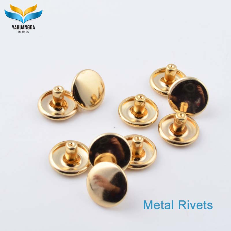 rivet factory wholesale prong metal screw rivet caps pyramid stud for purse/garments