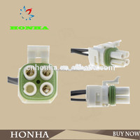 4 pin auto electrical wire connectors electric socket terminal connector 4 pin battery powered plug socket 85182