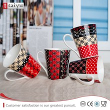 competitive price durable ceramic cups with english letter handle