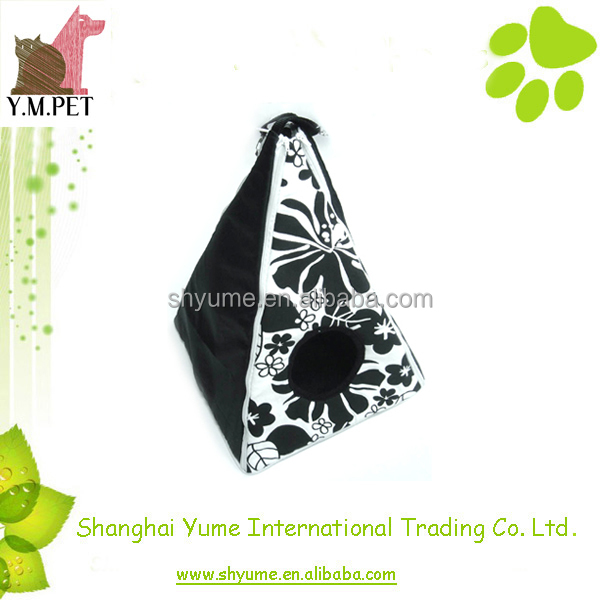 Pet Accessory Triangle Cat House Classic Design