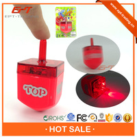 Crazy selling kids funny square shape super plastic spinning top toys for sale