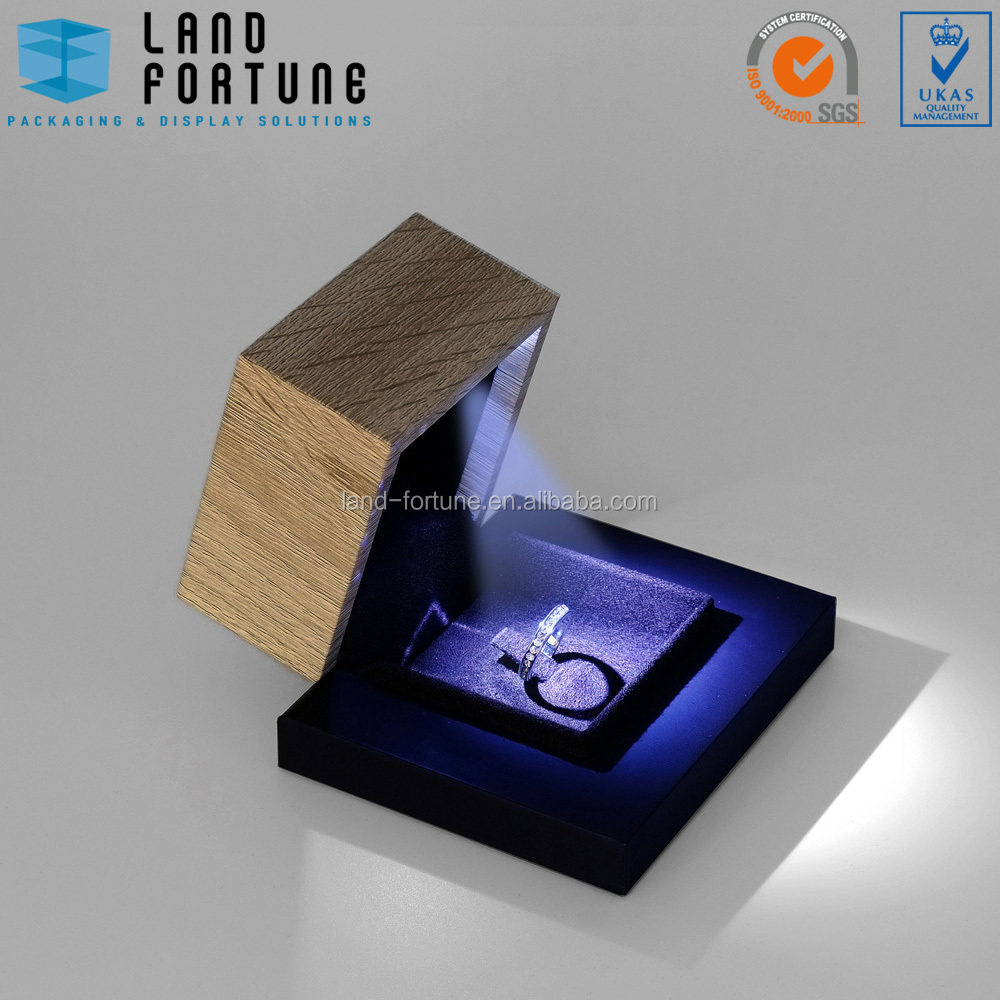 Special fancy design set ring box small LED light jewelry box