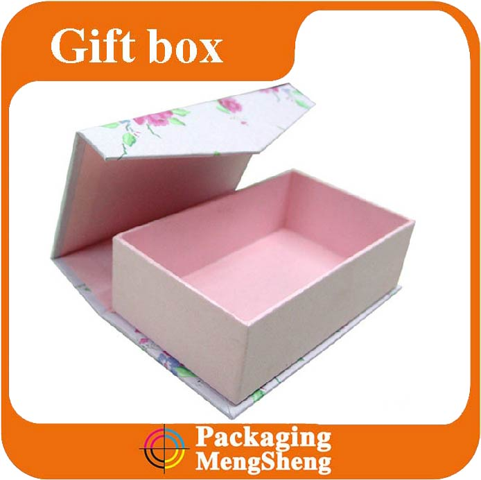 Custom Magnet Closed Foldable paper gift Box