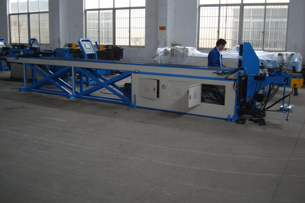 DOUBLE-LAYER PIPE BENDING MACHINE 18CNC-4A-2S