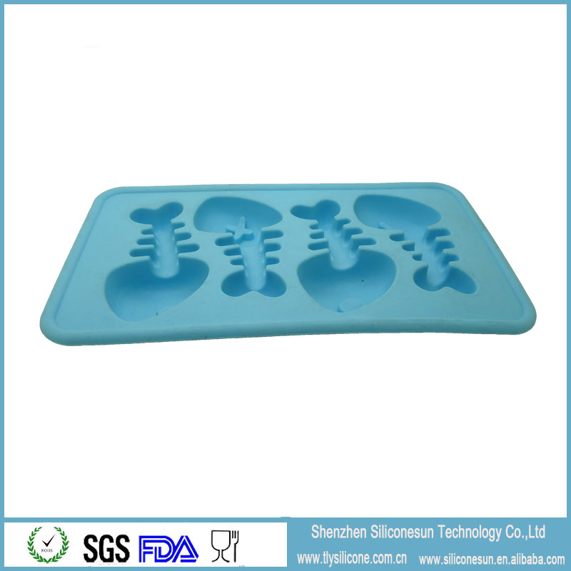 Fish shape cute silicone ice cube tray