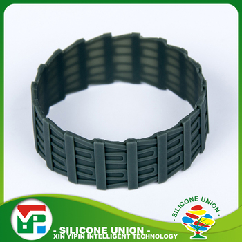 Cheap custom camouflage silicone wristband