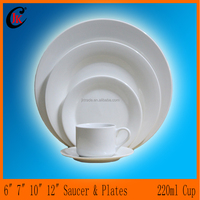 Wholesale reusable cheap ceramic dinner set/gold plated dubai dinnerware/customized royal porcelain dinnerware set