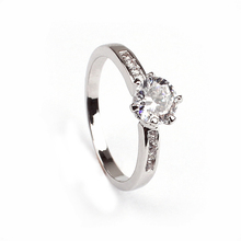 Wholesale Fashion Factory Price Bling Diamond Silver Ring With Good Quality