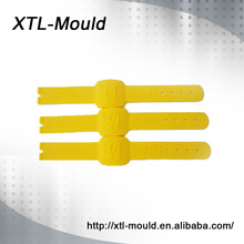 Multi cavity per request injection mold bases and components