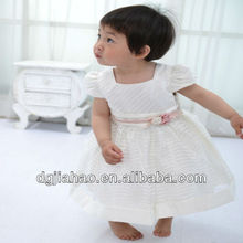 HOT! 2013 fashion white lovely party wear dress patterns kids wear pictures