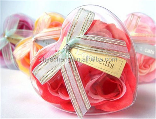 eco friendly pvc disposable transparent plastic heart shape wedding gift box wholesale manufacturer and exporter