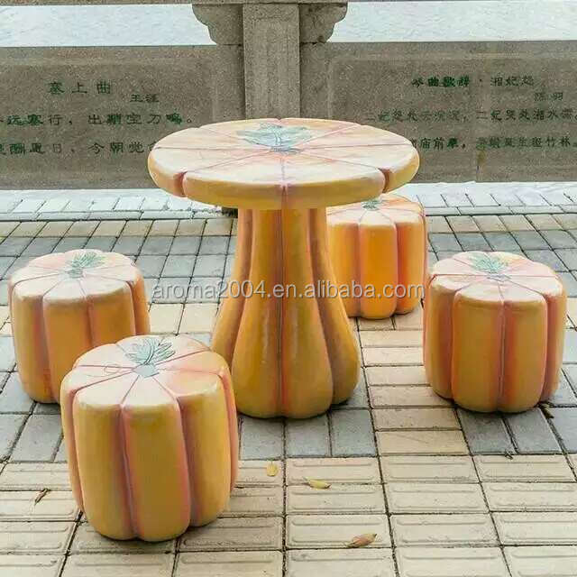 MGO pumpkin feature garden outdoor table and chair