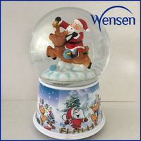 wholesale santa musical plastic water globe with snow floating