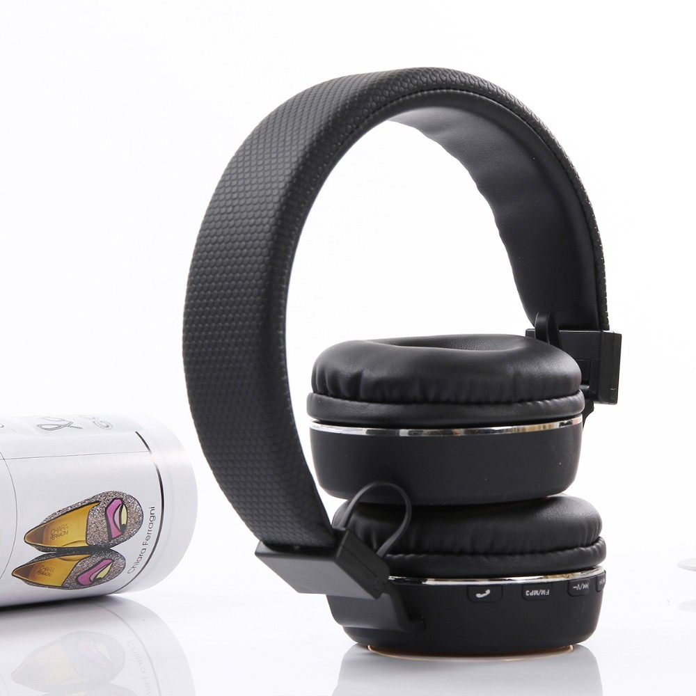 2018 Wholesale 3.0 wireless stereo headset, bt headphone without wire, foldable