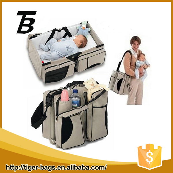 2016 European style double use Oxford safety durable bed and baby crib diaper bag