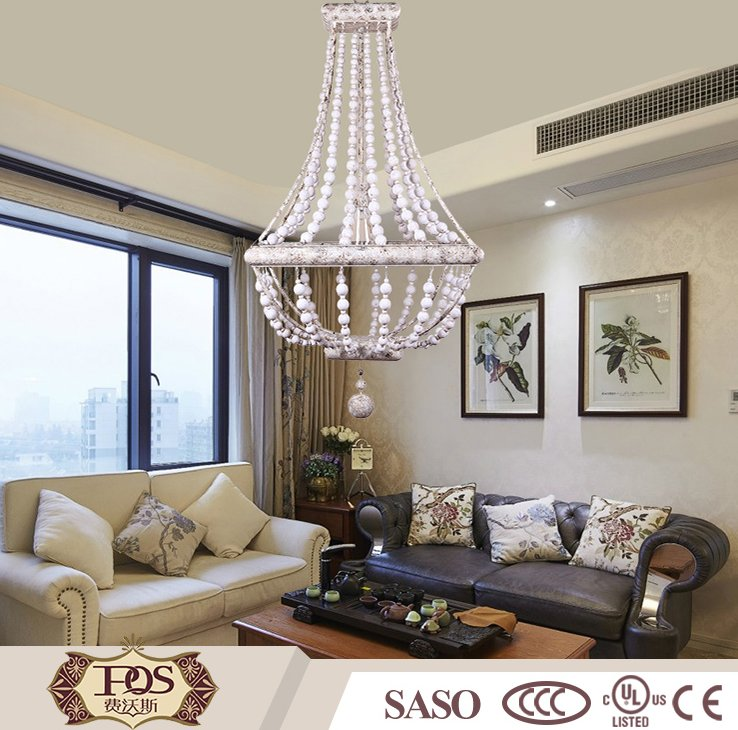 2016 White metal decoration pendant light lamp with wood beads chandelier lighting