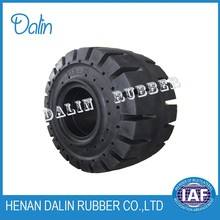 Solid rubber tire 23.5-25